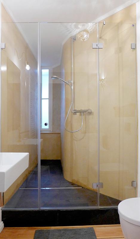 Denkmalschutz-Wohnungsumbau-Dusche2-nachher