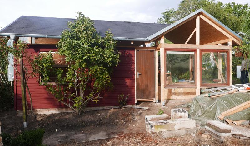 Gartenhaus-Bauphase-Fenster