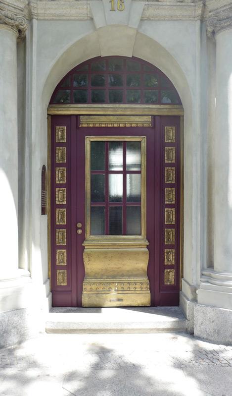 Haus-Preußenpark-Tür