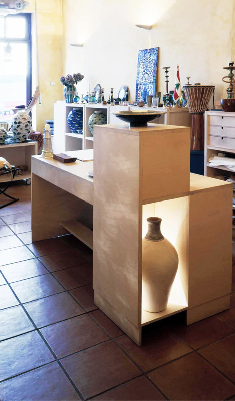 Ladenausbau-Mitte-Möbelkonstruktion